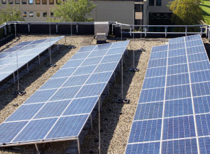 In deze 3 stappen zijn je zonnepanelen helemaal tegen brand verzekerd