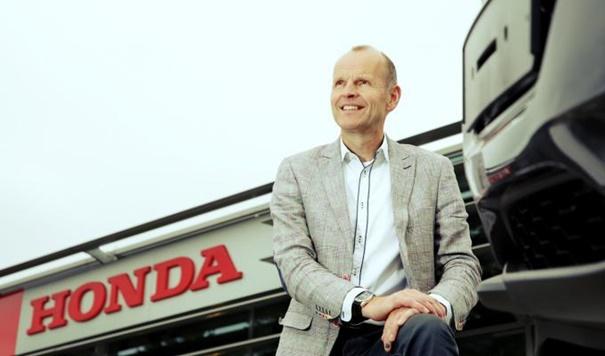 """Geert van den Akker: """"Ik wilde aan de slag, dus toen ben ik voor mezelf begonnen"""""""