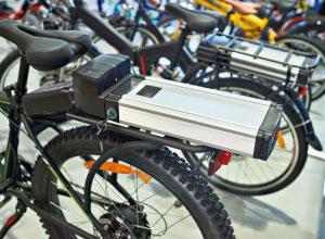 Hoe ga je zo veilig mogelijk om met elektrische voertuigen?
