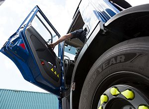 Geef je les aan vrachtwagenchauffeurs? Dit verandert er per 1 juli!